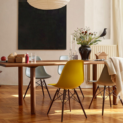 Vitra DSW displayed in a dining room