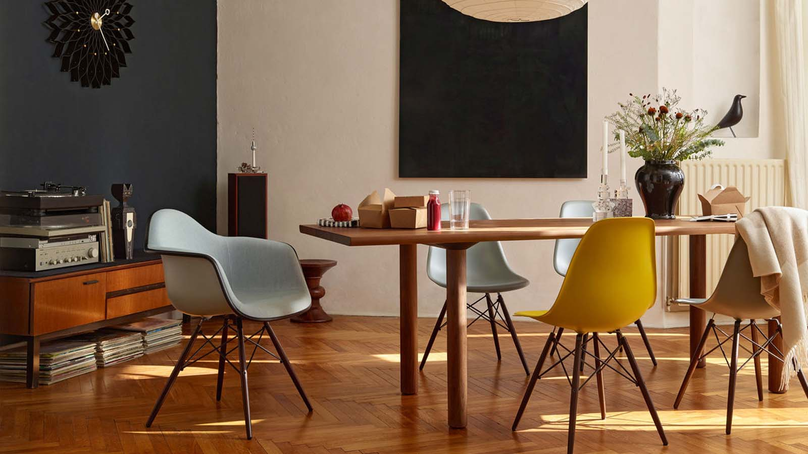 The History of the Vitra DSW chair:The birth of an icon